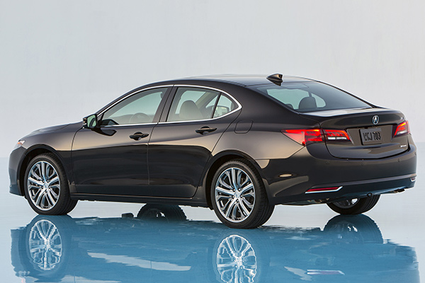 Acura TLX 2015 - Arrière