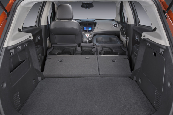 2015 Chevrolet Trax 2nd Row and front passenger seat fold flat