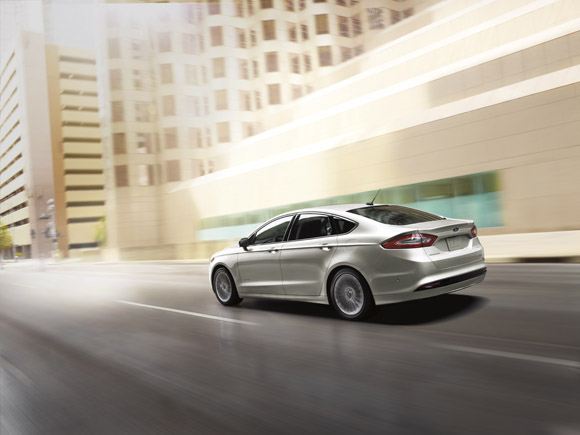 2015 Ford Fusion Hybrid Arrière