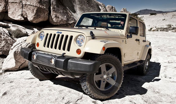 jeep pr sente le wrangler mojave 2011 actualit automobile tout savoir sur le blog auto. Black Bedroom Furniture Sets. Home Design Ideas